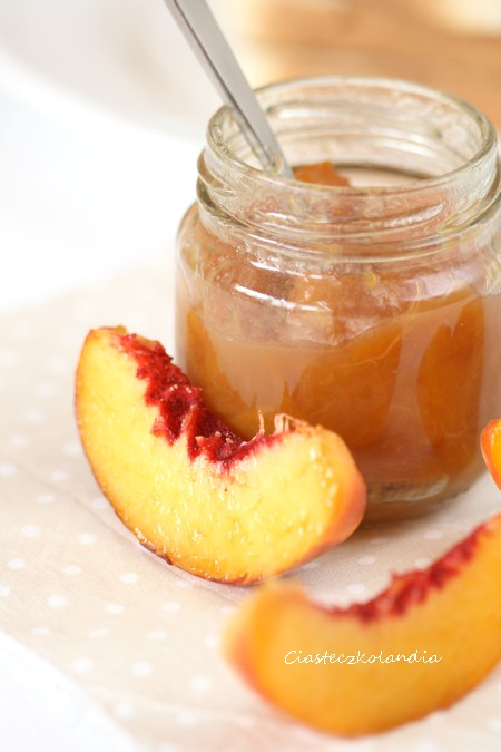 dżem brzoskwiniowy z brązowym cukrem