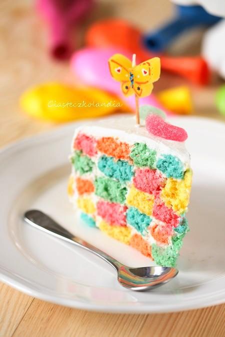 tort w kratkę, kolorowy tort