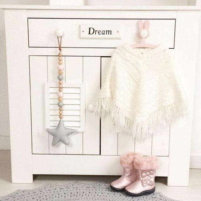 Przygotowujecie dzieciom ubranka wieczorem czy wybieracie spontanicznie rano? Ja staramhellip