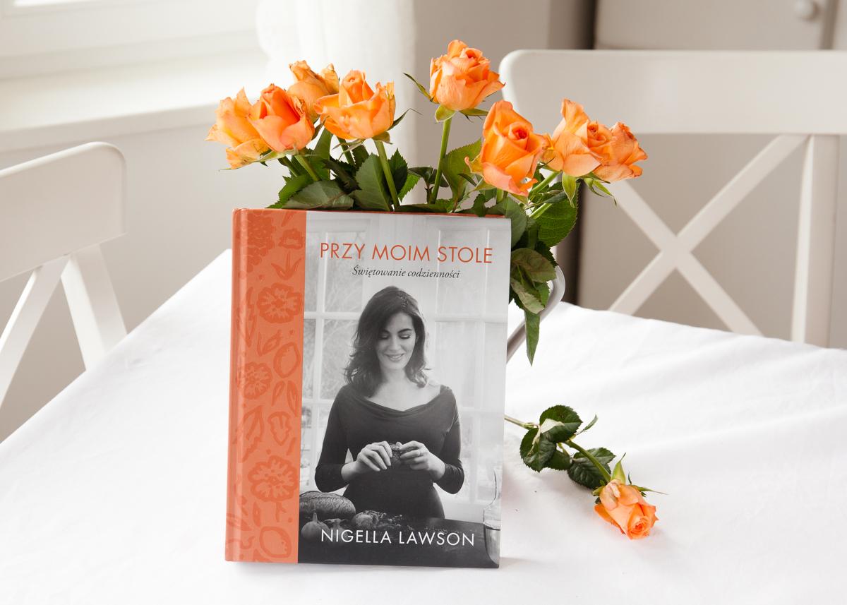 """Nigella Lawson ,,Przy moim stole. Świętowanie codzienności""""."""