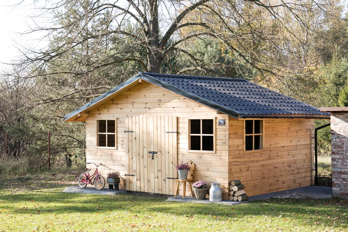 drewniany domek ogrodowy, domek ogrodowy diy